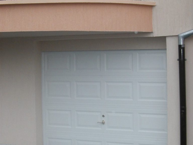 Секционна врата 5