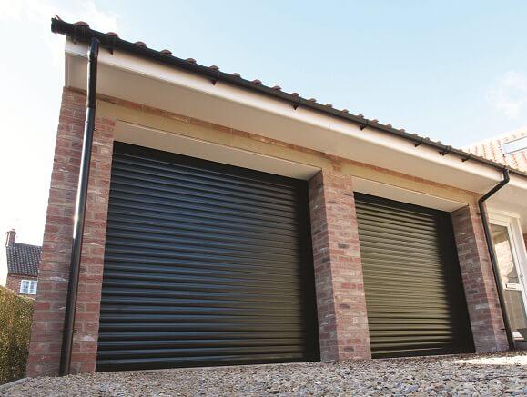 Ролетна гаражна врата – термоизолирана