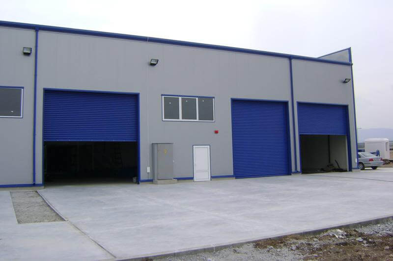 Ветроупорена ламелна гаражна врата