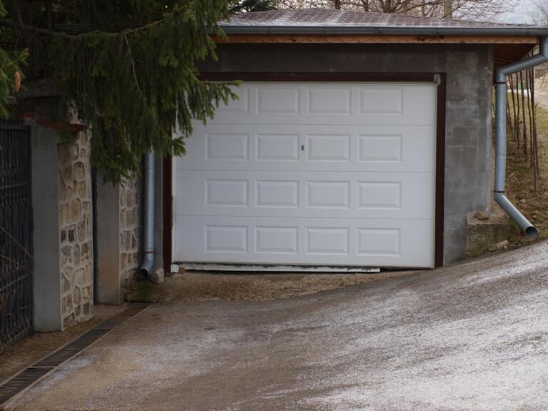 Секционна врата 7