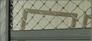 Охранителна ролетка тип оплетка